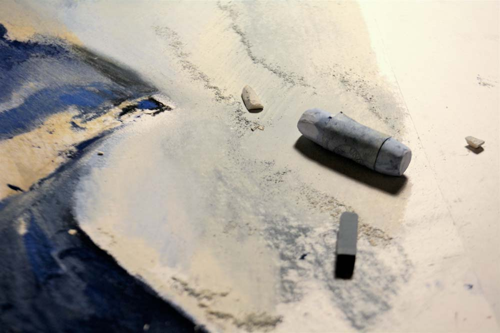 Dust on the paper, not the shelf 3